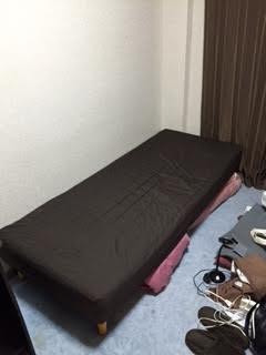 シングルベッド、パソコンデスク、OAチェアー、オープンラック、食器棚、4段チェスト、ワゴンラック、本棚、炊飯器、トースター、姿見 回収処分