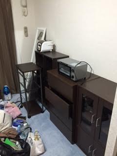 シングルベッド、パソコンデスク、OAチェアー、オープンラック、食器棚、4段チェスト、ワゴンラック、本棚、炊飯器、トースター、姿見 回収処分3